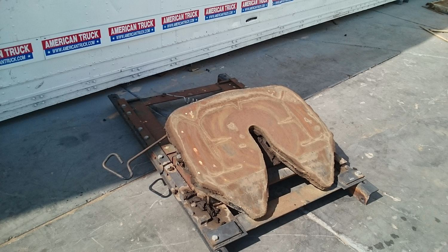 Used Parts for 2001 MACK CH613 for sale-58980001