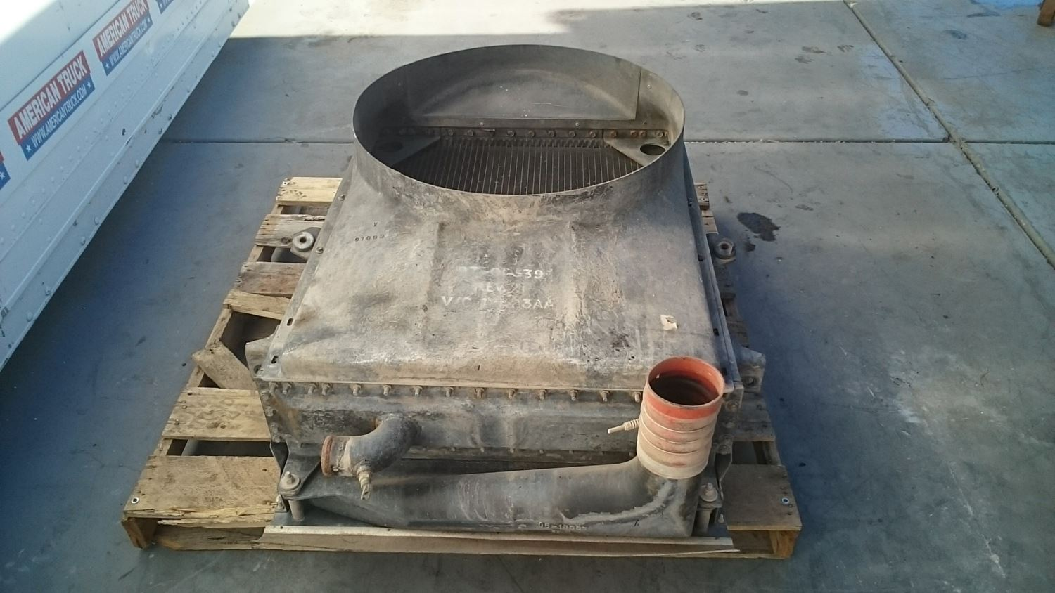 Used Parts for 2001 PETERBILT 320 for sale-58977477