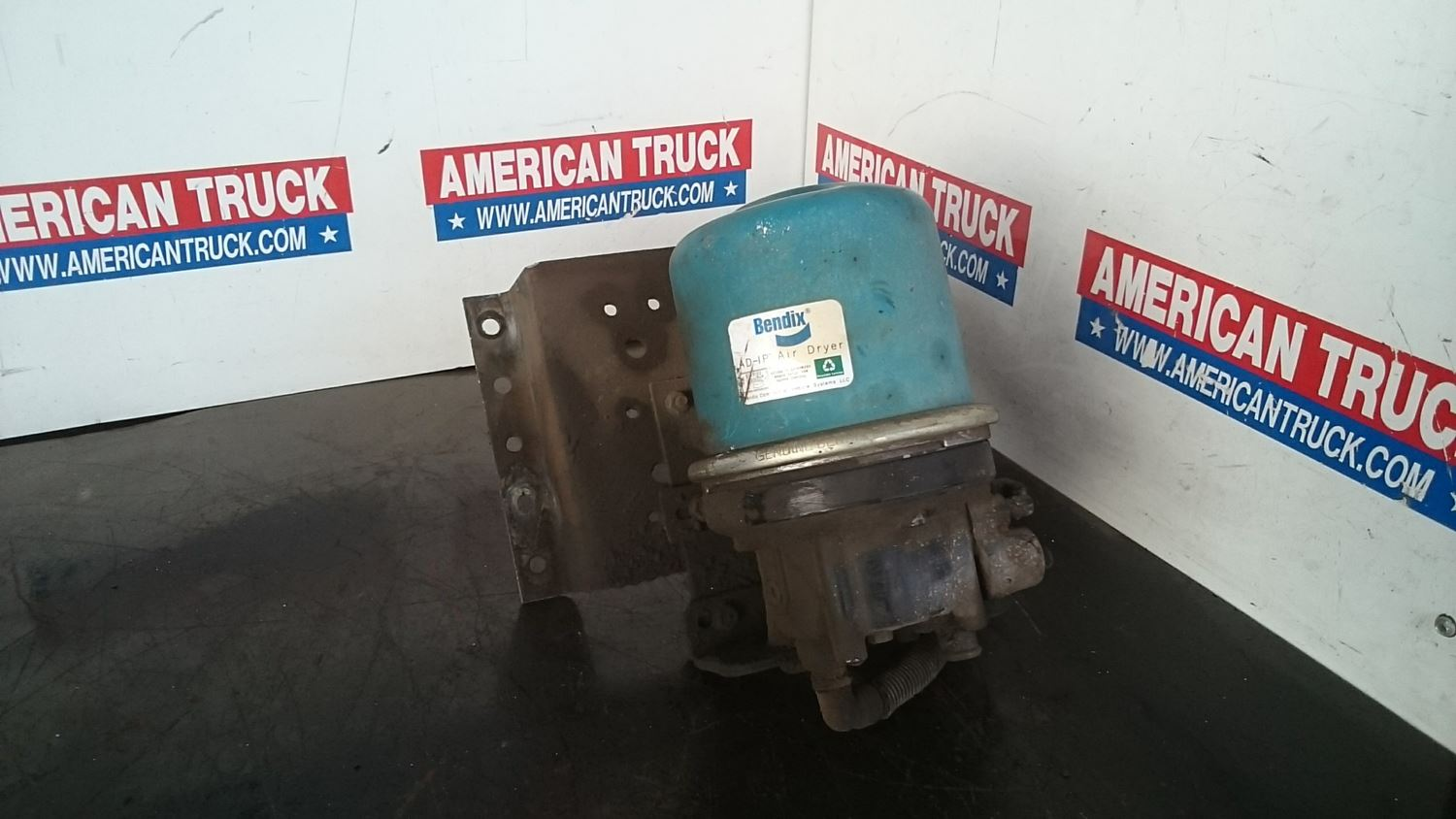 Used Parts for 2002 FREIGHTLINER FL70 for sale-58977399