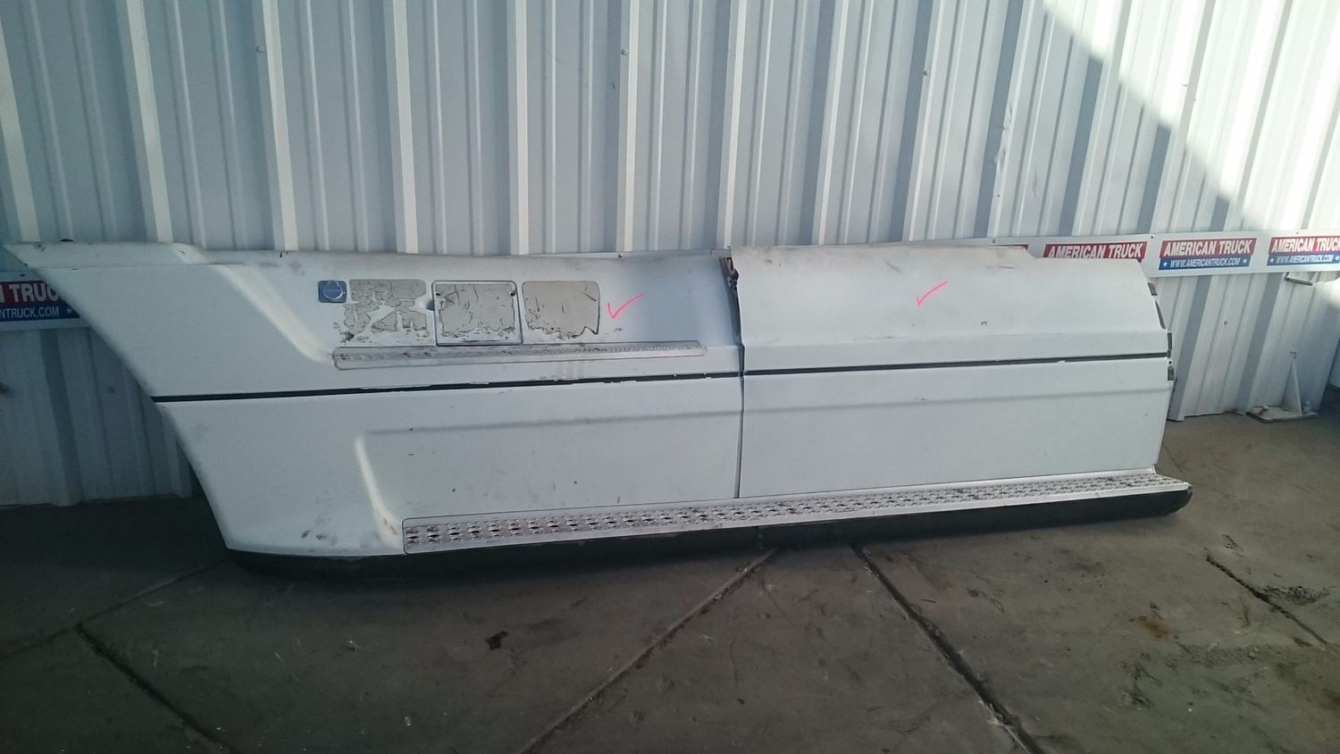 Used Miscellaneous for 2002 FREIGHTLINER OTHER for sale-59041247