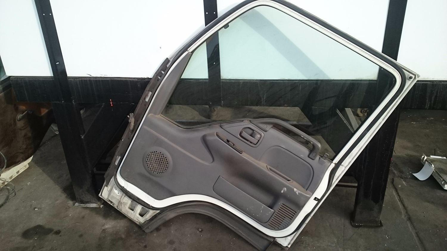 Used Parts for 2002 ISUZU NPR for sale-59041750
