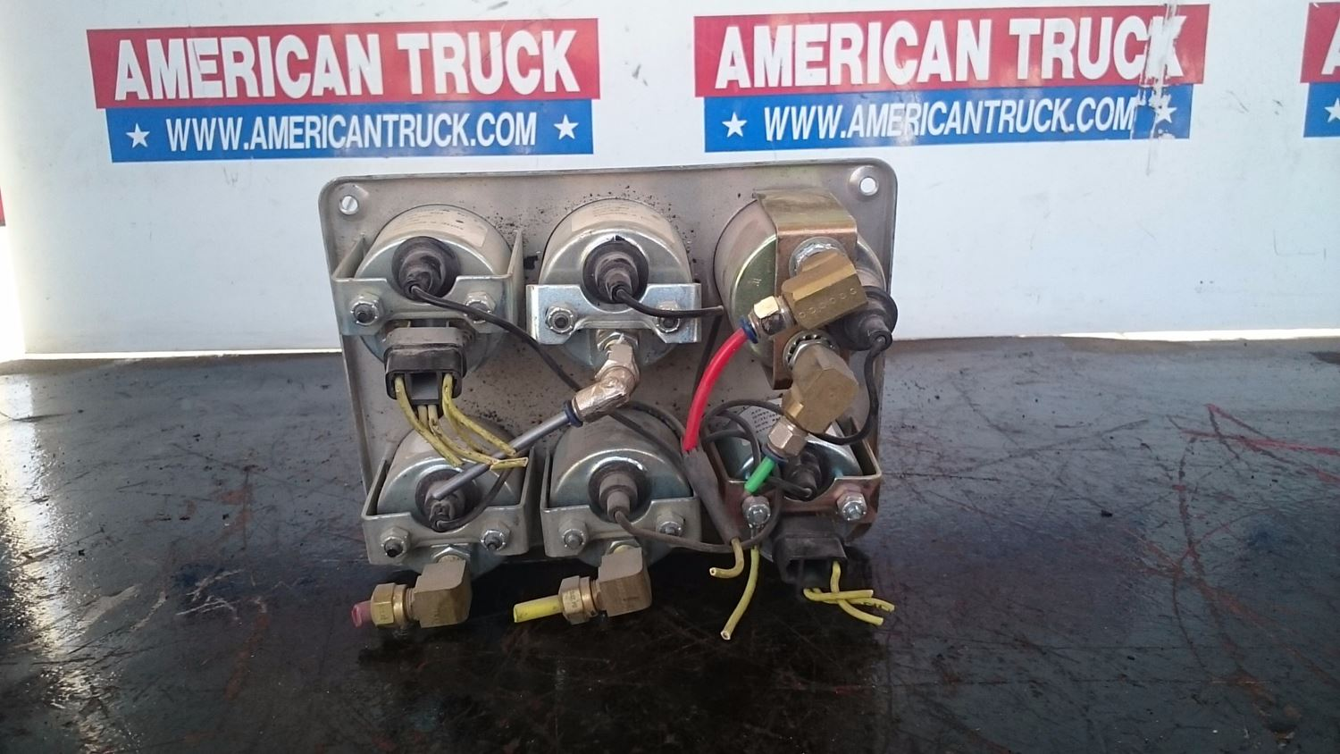 Used Parts for 2003 FREIGHTLINER CLASSIC XL for sale-59041739