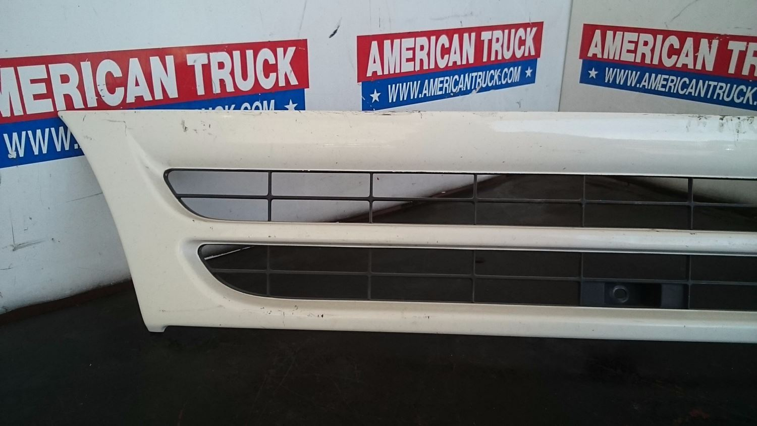 Used Parts for 2004 ISUZU NQR for sale-59042677