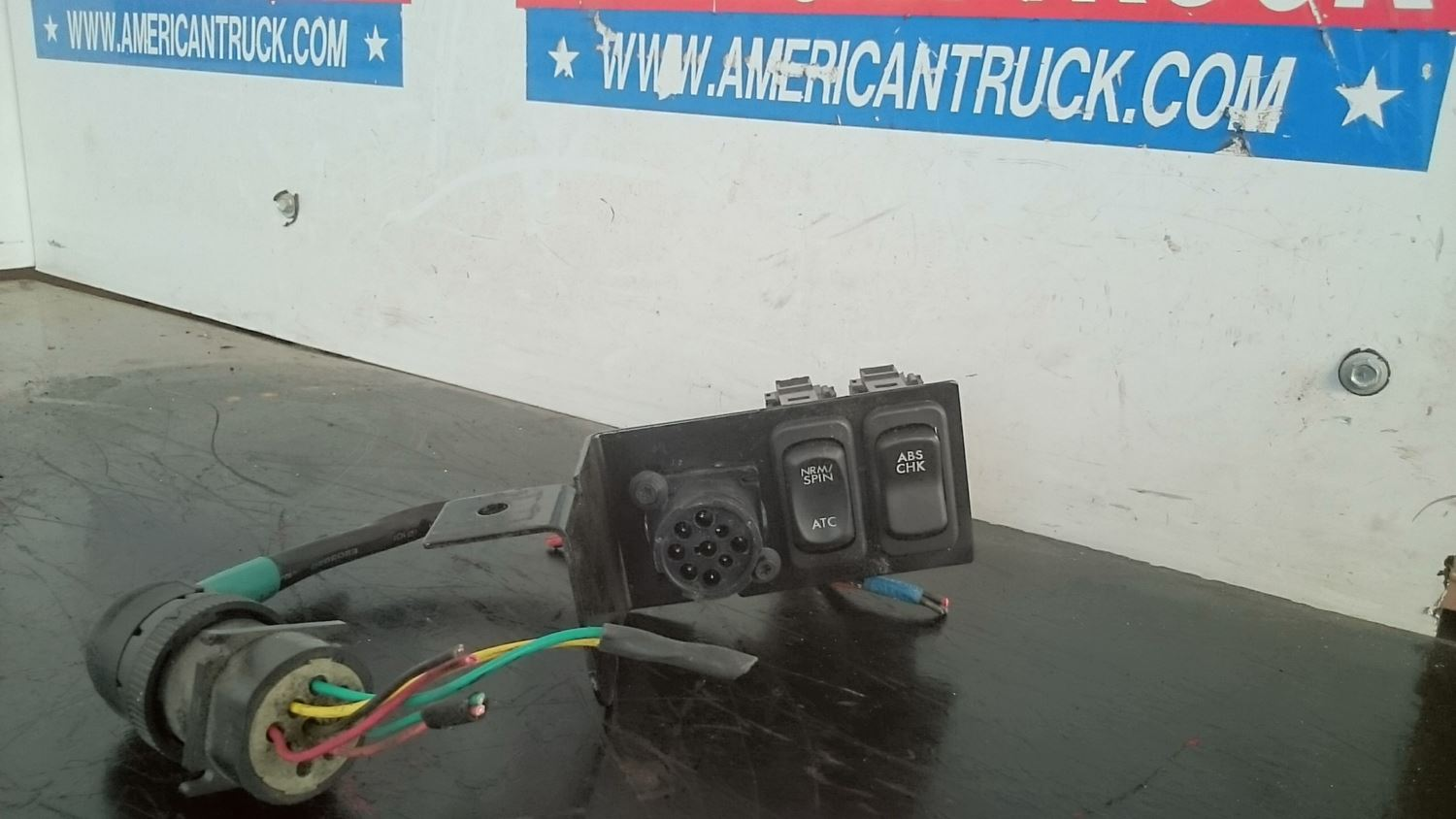 Used Parts for 2005 STERLING A9500 for sale-59041027
