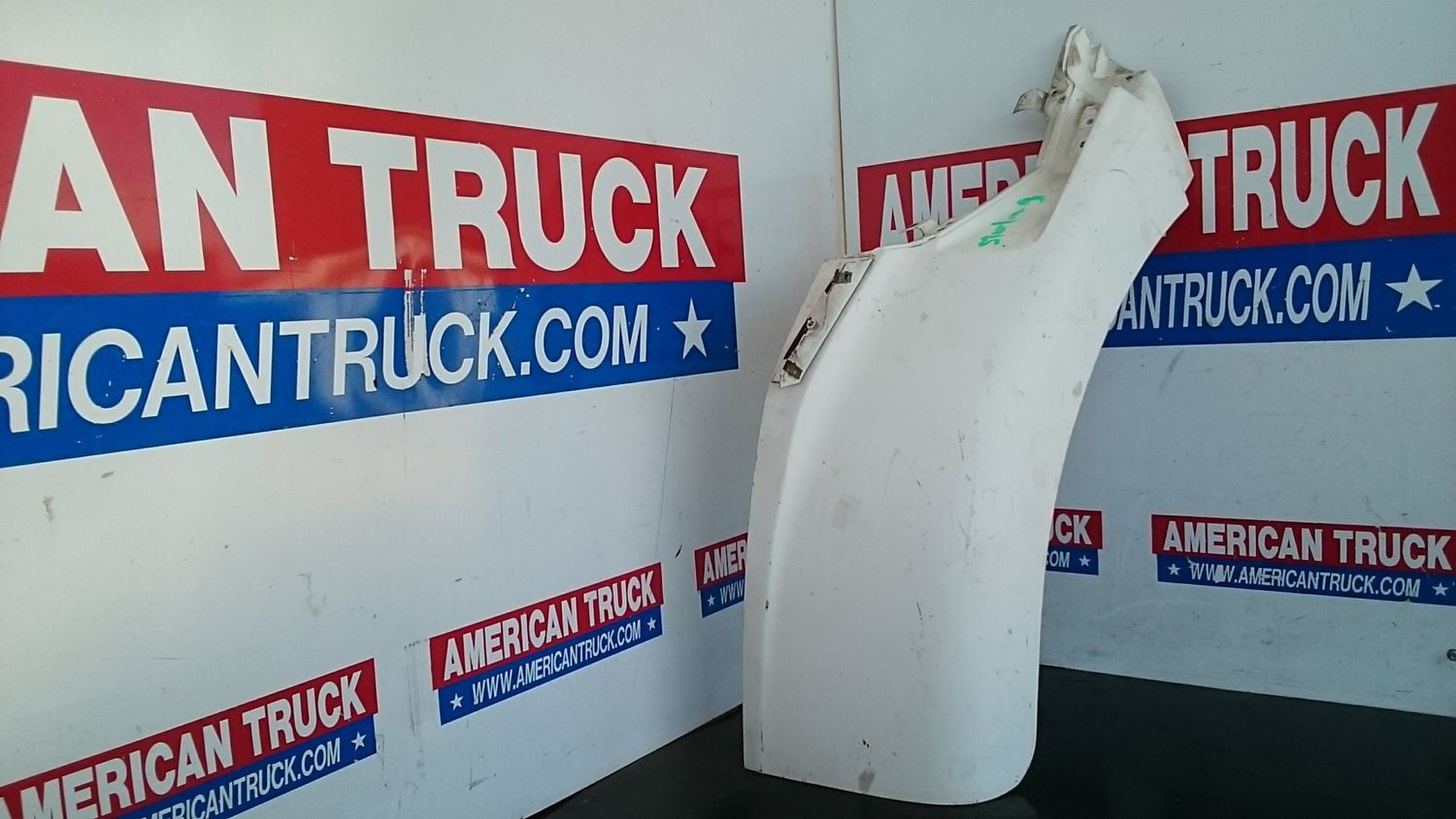 Used Parts for 2005 STERLING A9500 for sale-59040951