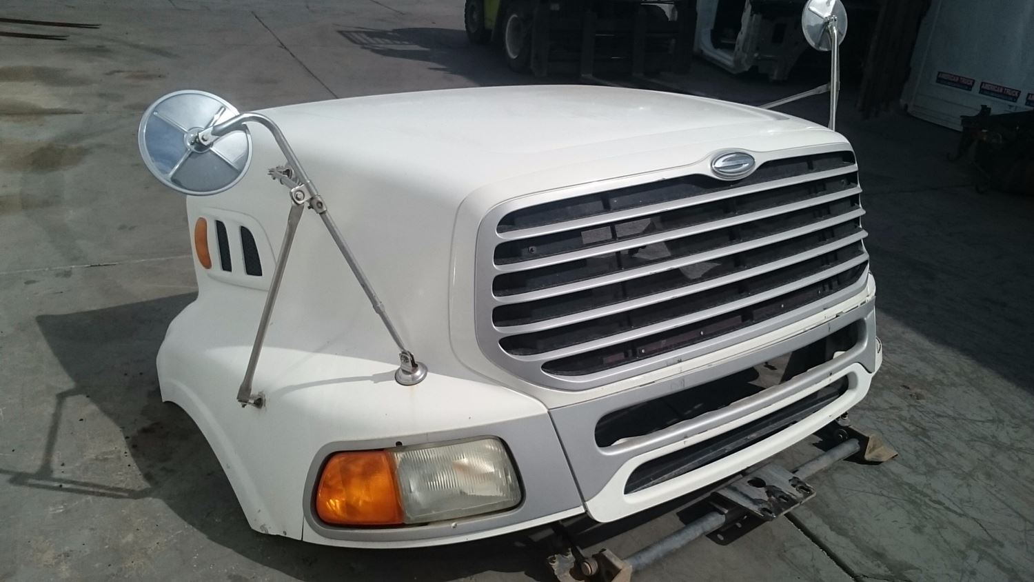 Used Parts for 2005 STERLING A9500 for sale-58980607