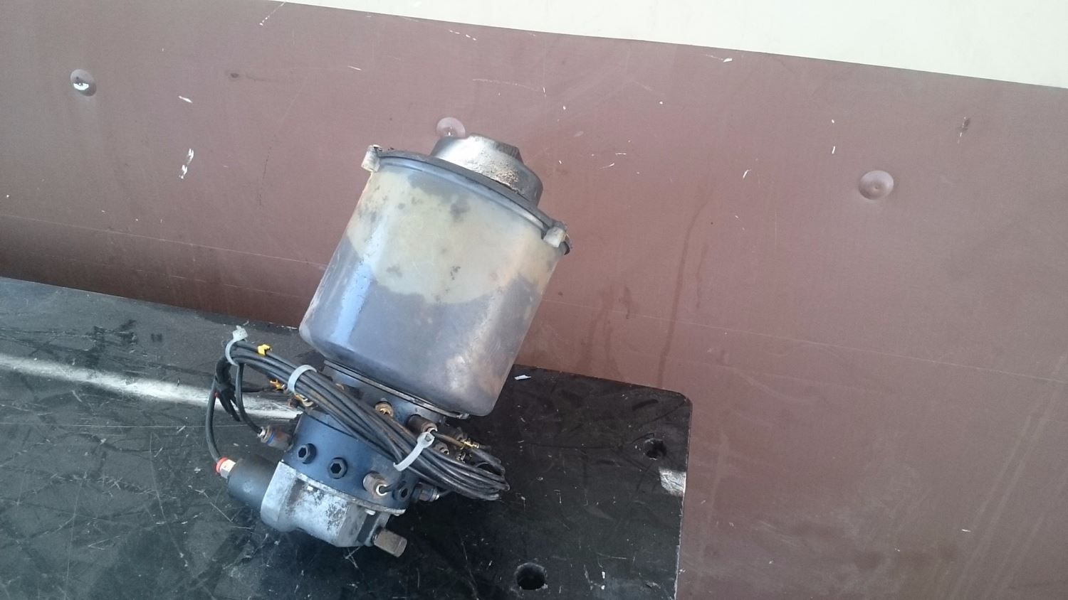 Used Miscellaneous for 2005 STERLING A9500 for sale-58979587