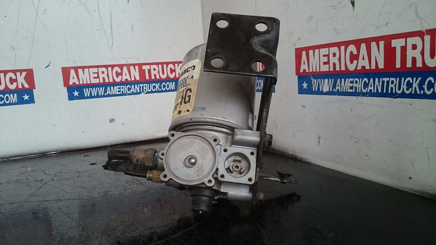 Used Parts for 2005 VOLVO VNL for sale-59043388