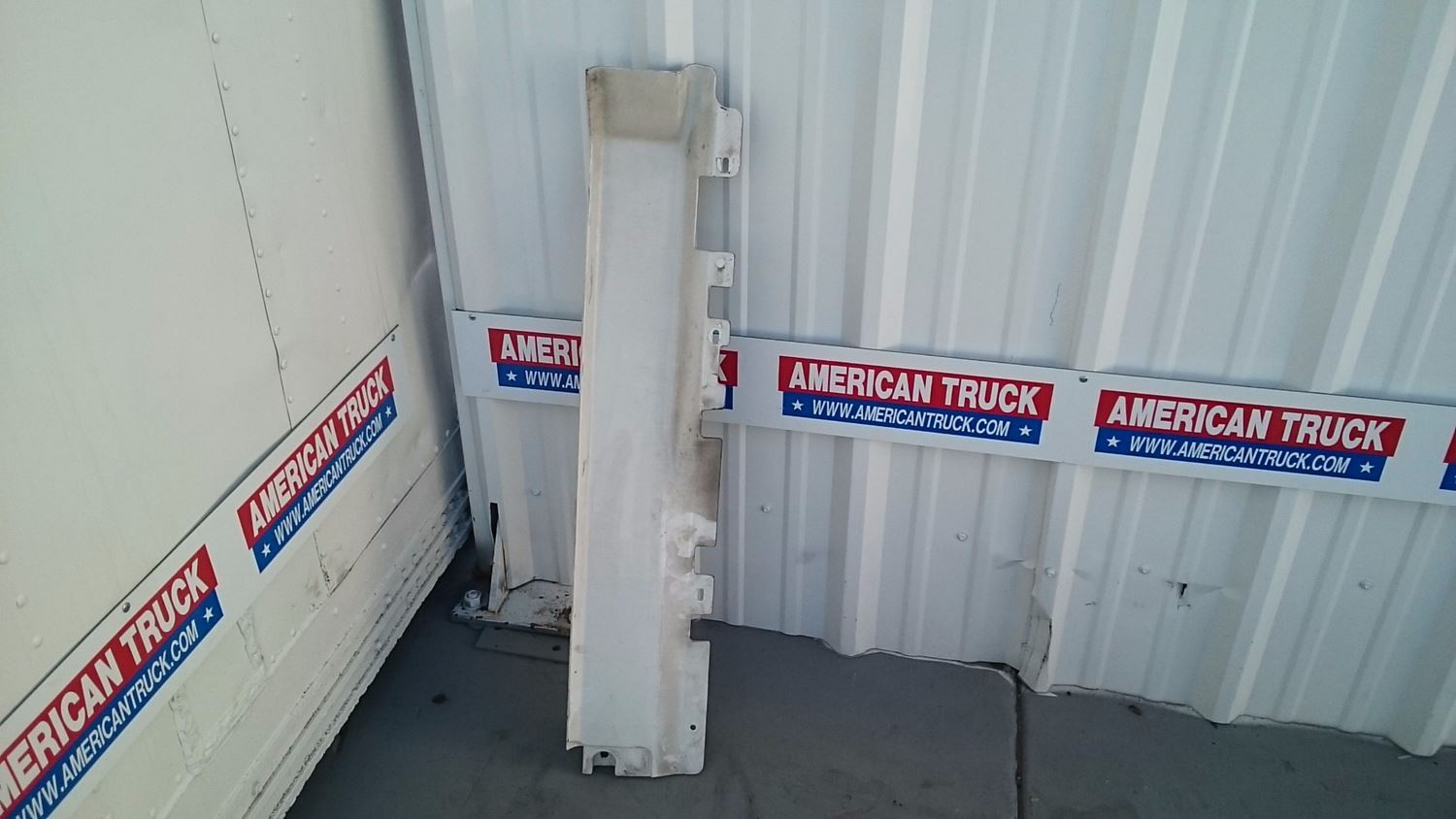 Used Cab & Cab Parts - Cowls for 2007 VOLVO VNL for sale-59040491