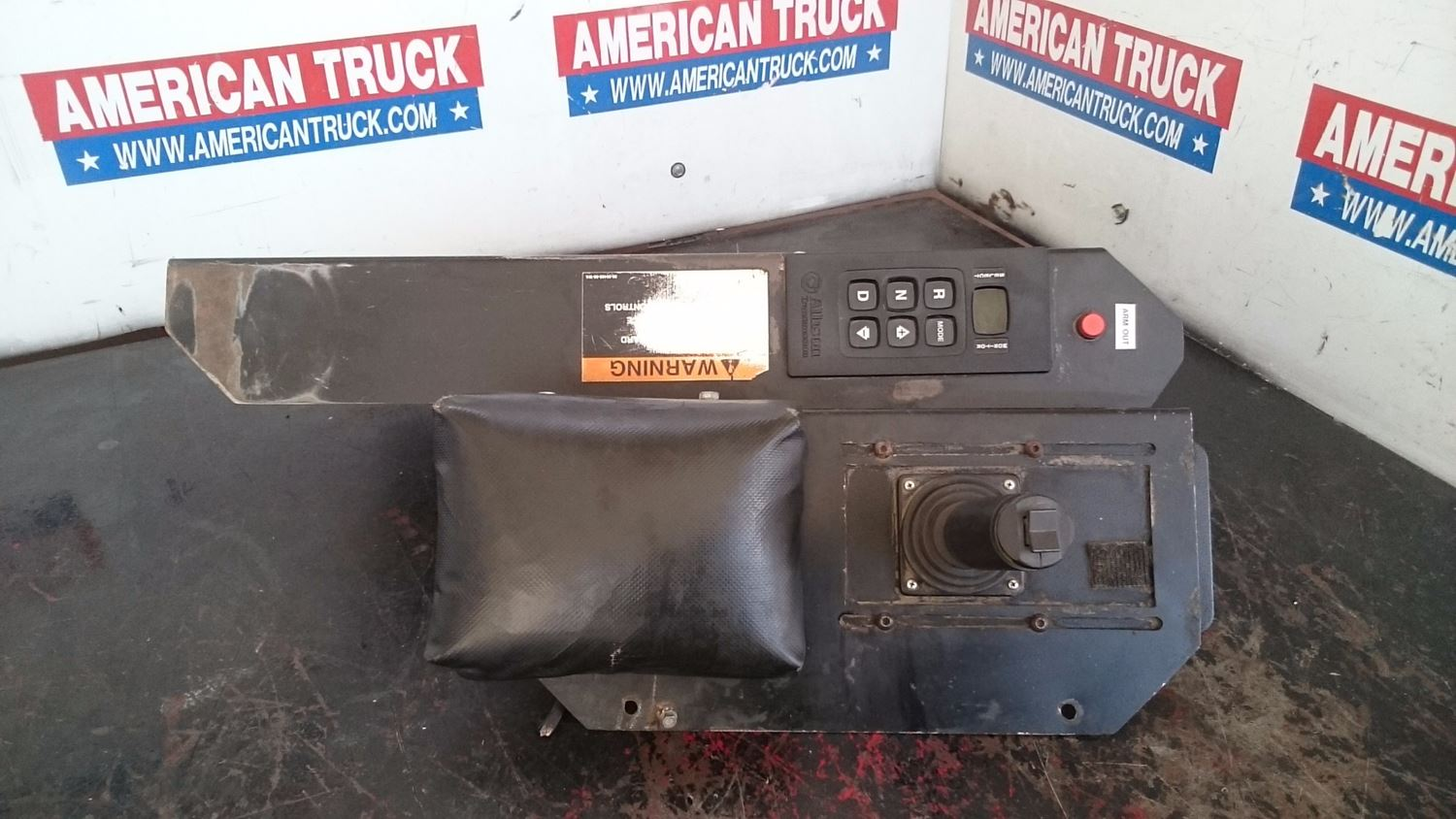 Used Parts for 2008 PETERBILT 320 for sale-59042922