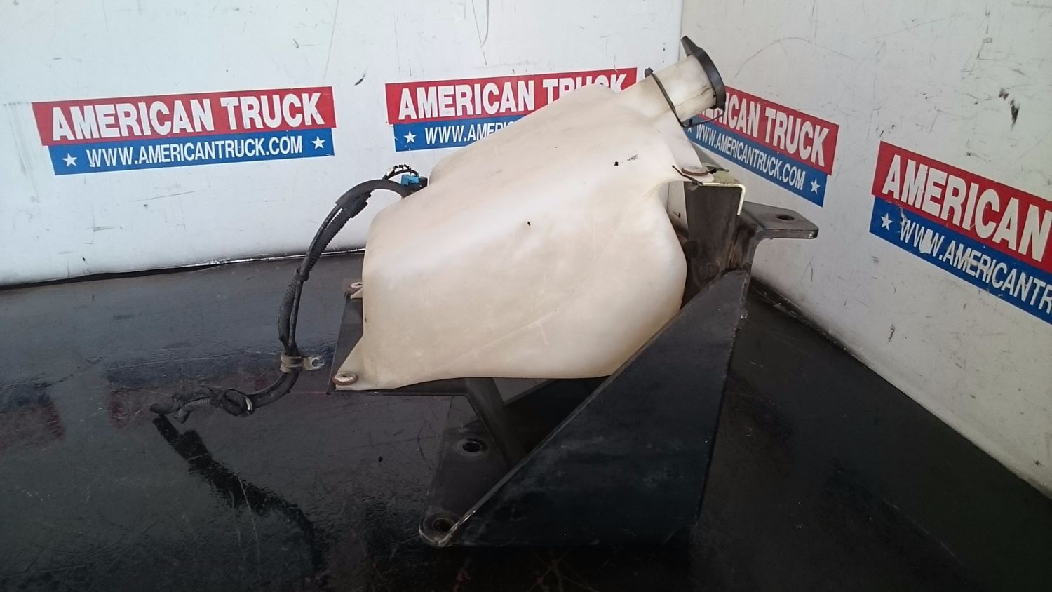 Used Parts for 2009 KENWORTH T2000 for sale-59043197