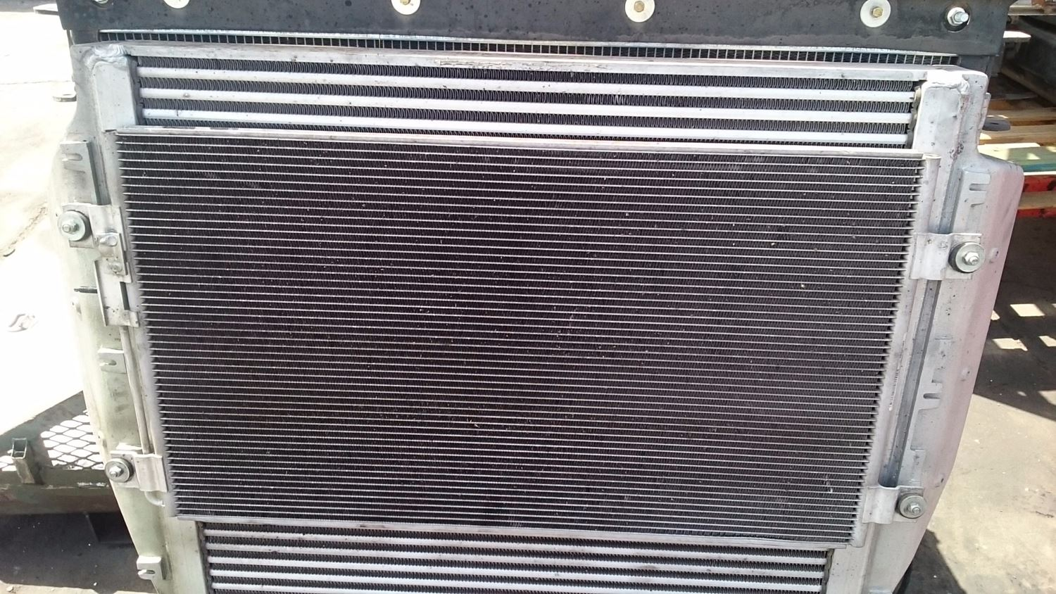 Used A/C Condensors for 2009 STERLING A9500 for sale-58980224