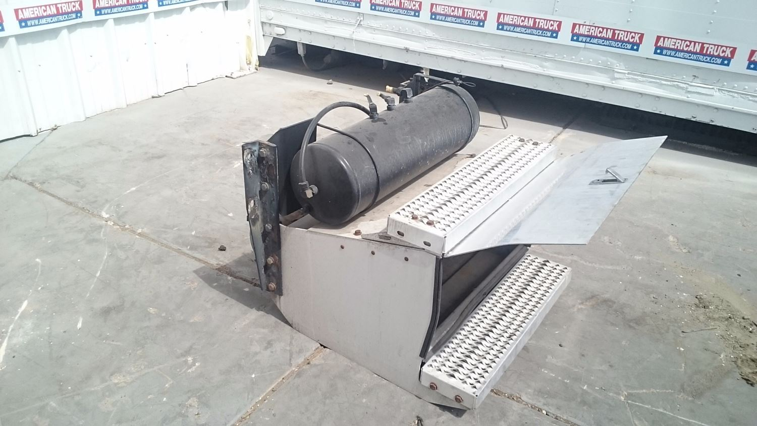 Used Parts for 2010 PETERBILT 386 for sale-58979864