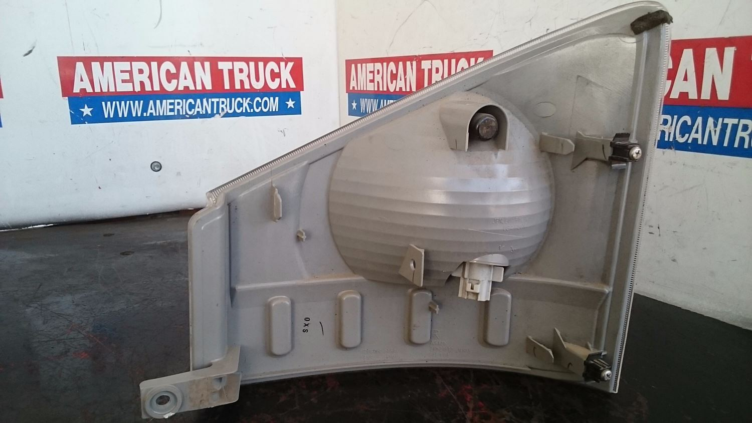 Used Parts for 2011 ISUZU NPR for sale-59042702