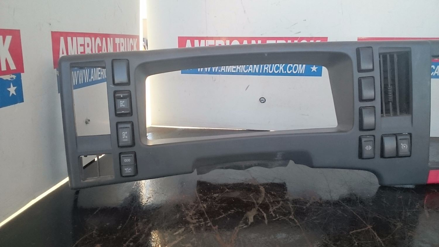 Used Parts for 2012 ISUZU NPR for sale-58978067