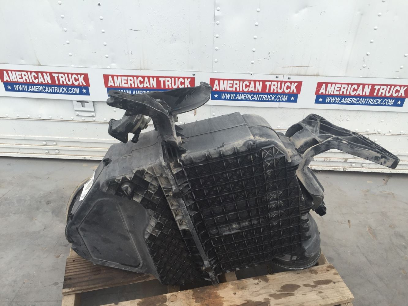 Used Parts for 2014 PETERBILT 579 for sale-59043387