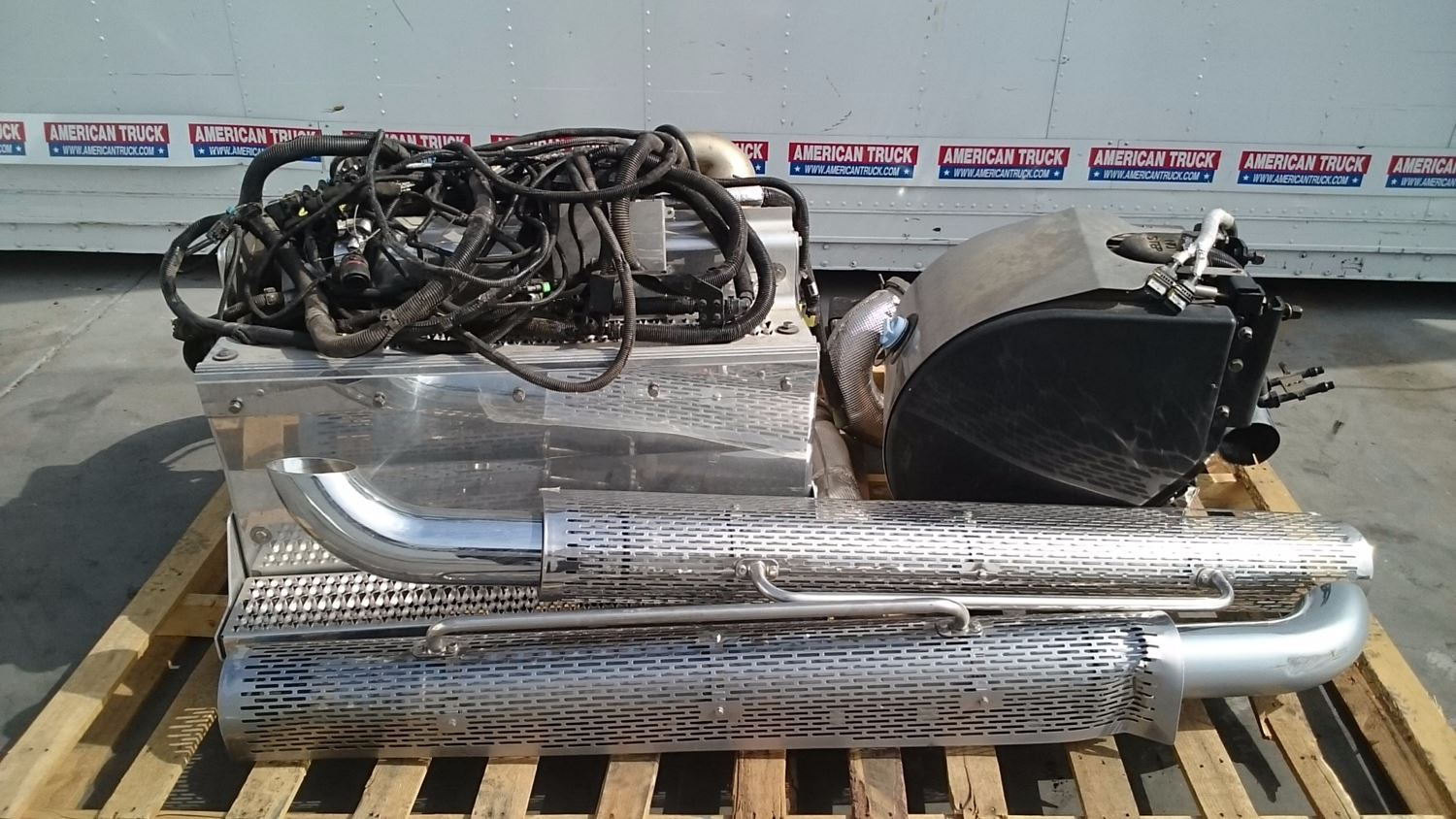 Used Parts for 2014 PETERBILT 579 for sale-59043311