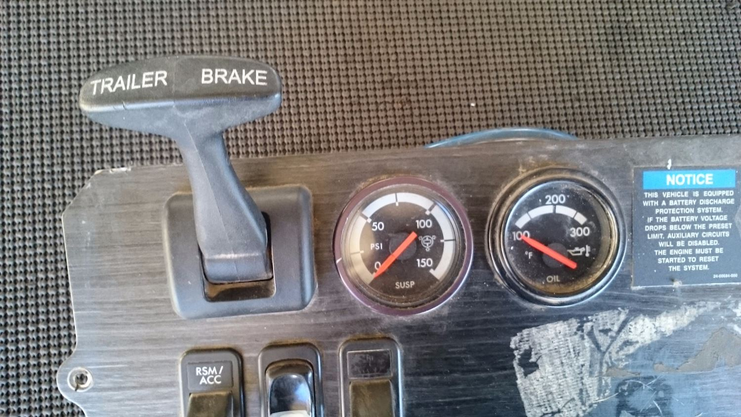 Used Parts for  FREIGHTLINER COLUMBIA for sale-59042274
