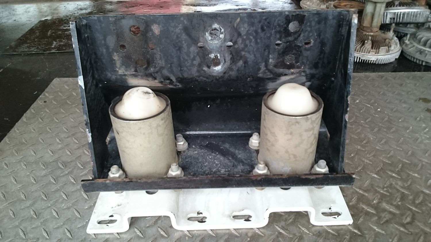 Used Parts for 2001 FREIGHTLINER FL80 for sale-59040319