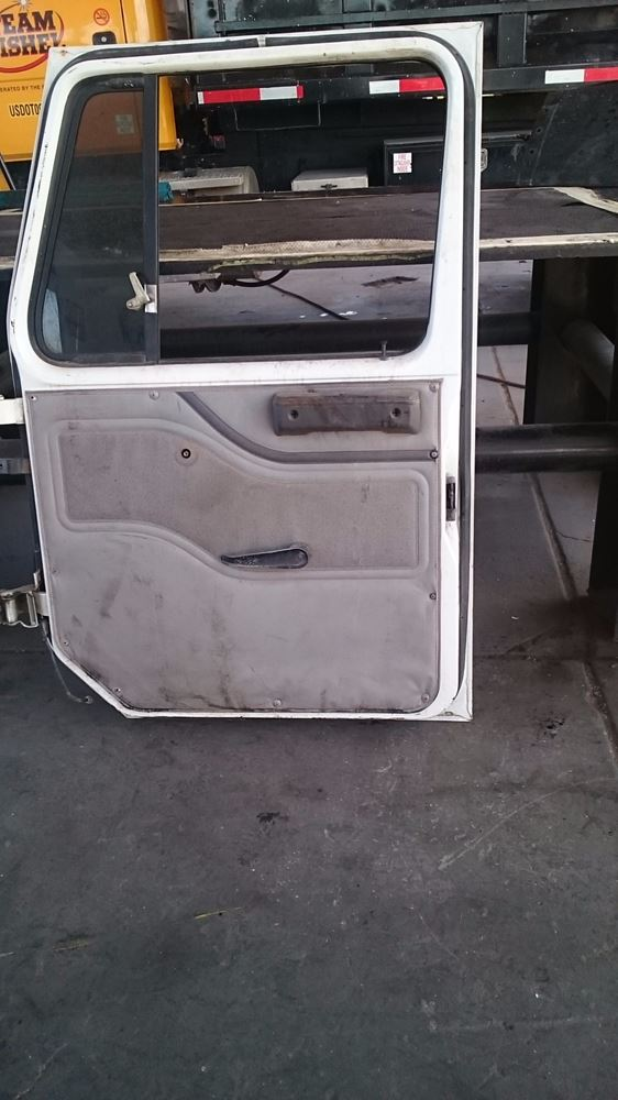 Used Parts for  INTERNATIONAL 4900 for sale-58980326