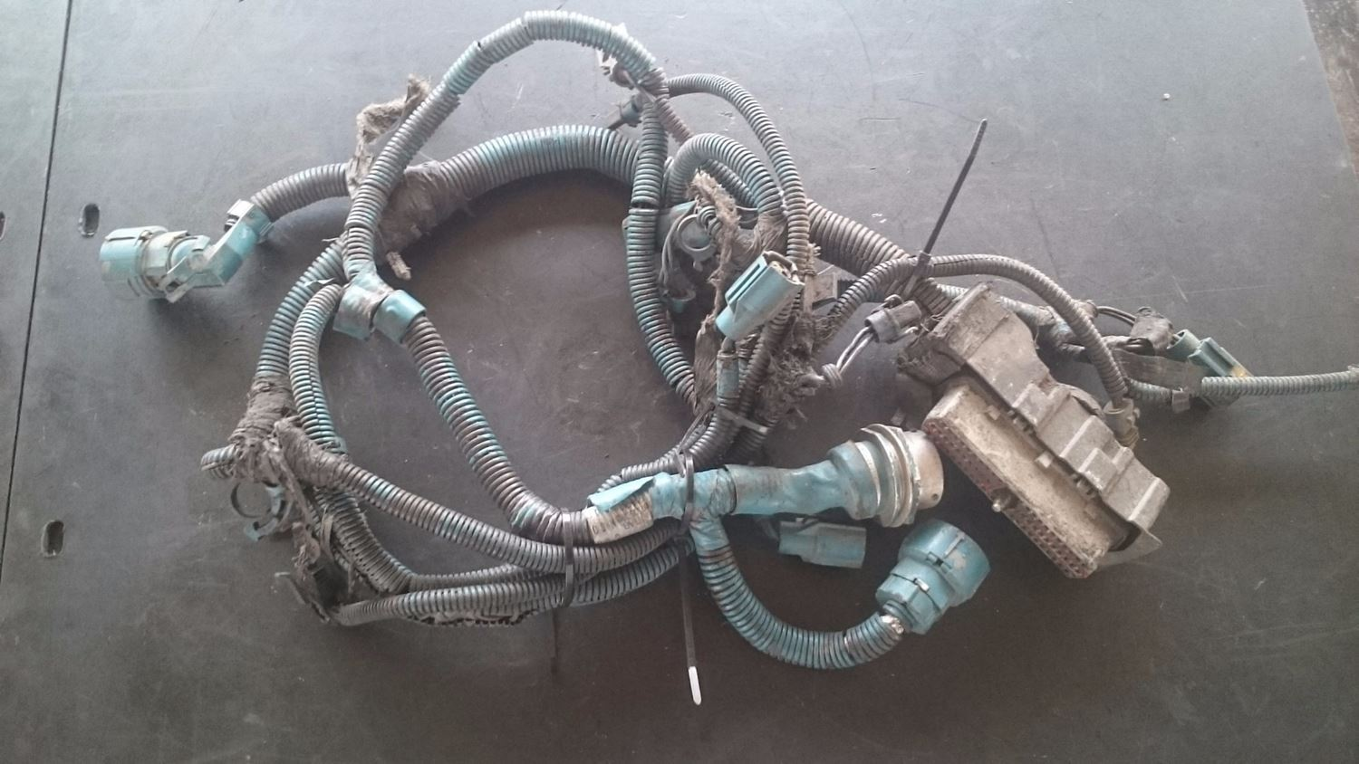 Wiring Harnesses New And Used Parts American Truck Chrome International Harness Engine