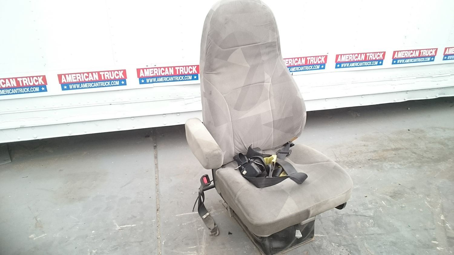 Seats | New and Used Parts | American Truck Chrome