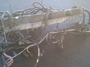 Volvo D12 Wiring Harnesses ebLFoXxVT4Sn_b volvo wiring harness parts tpi Volvo Wiring Harness Problems at crackthecode.co