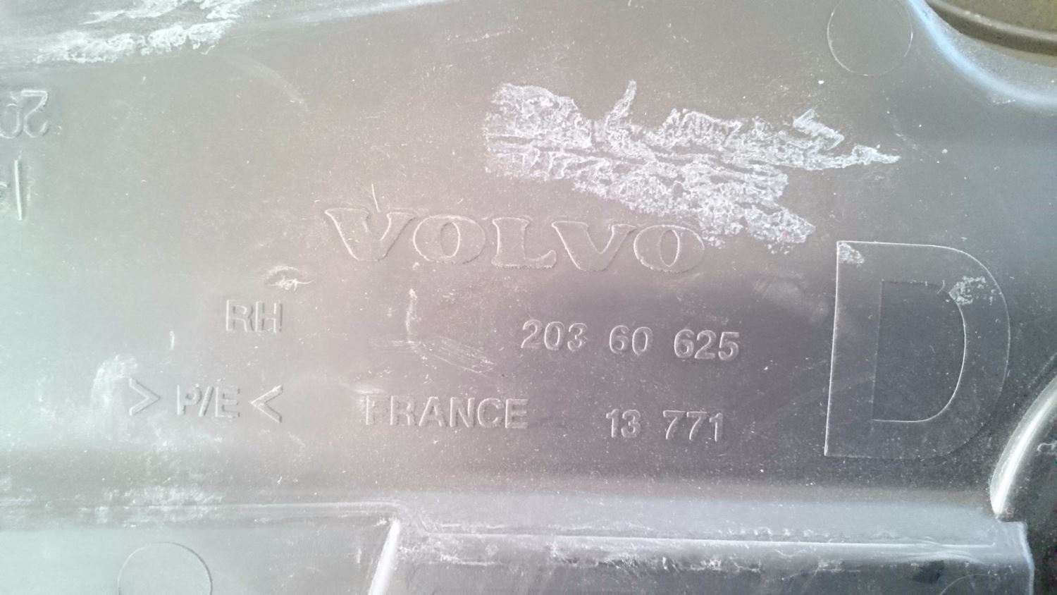 Used Parts for  VOLVO VNL for sale-59042455