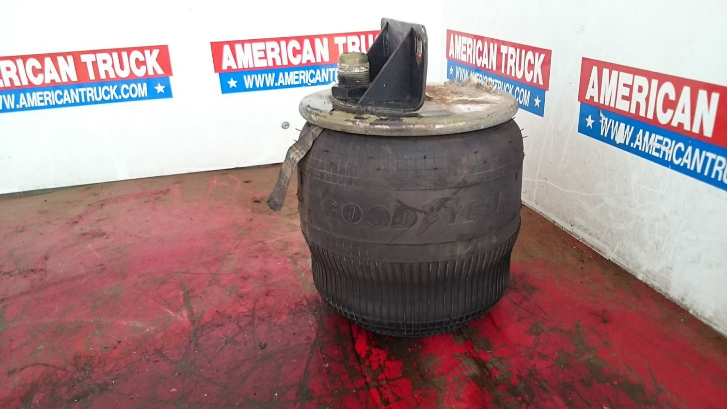 Used Good Goodyear Air Bag For 1996 Volvo Wia