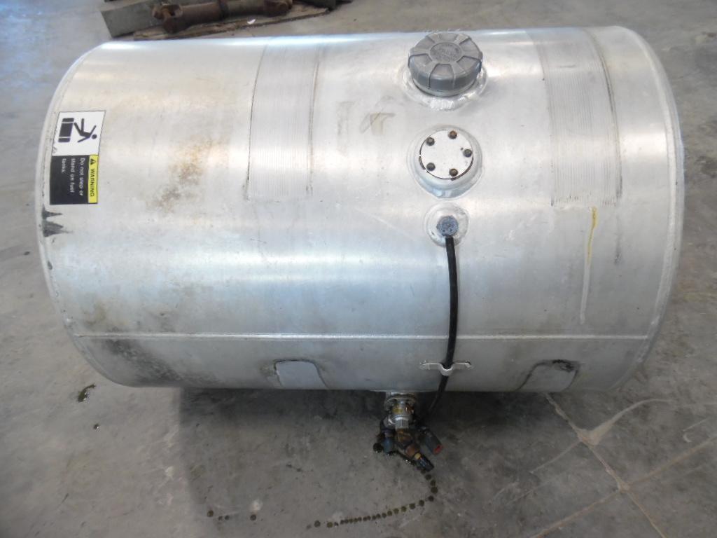 2000 Volvo Vnl Stock 50878 Fuel Tanks Tpi