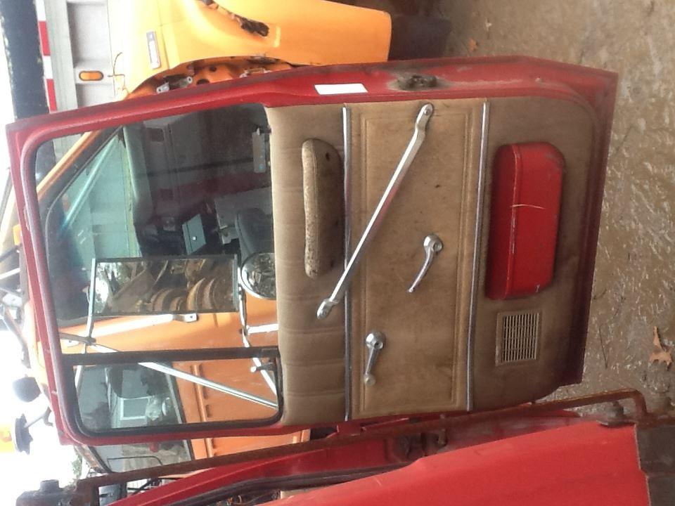 1990 ford l8000 stock fopd 491 doors tpi. Black Bedroom Furniture Sets. Home Design Ideas