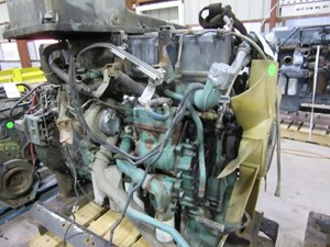 Volvo D12 Engine Assys Xy9XU5yLe0jw_b volvo d12 engine assy parts p2 tpi  at suagrazia.org