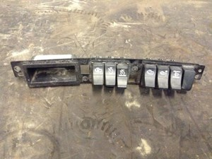 2016 KENWORTH T680 Interior Misc Parts oFNEluQVeRG0_b kenworth t680 interior mic parts tpi 2017 kenworth t680 fuse box location at readyjetset.co