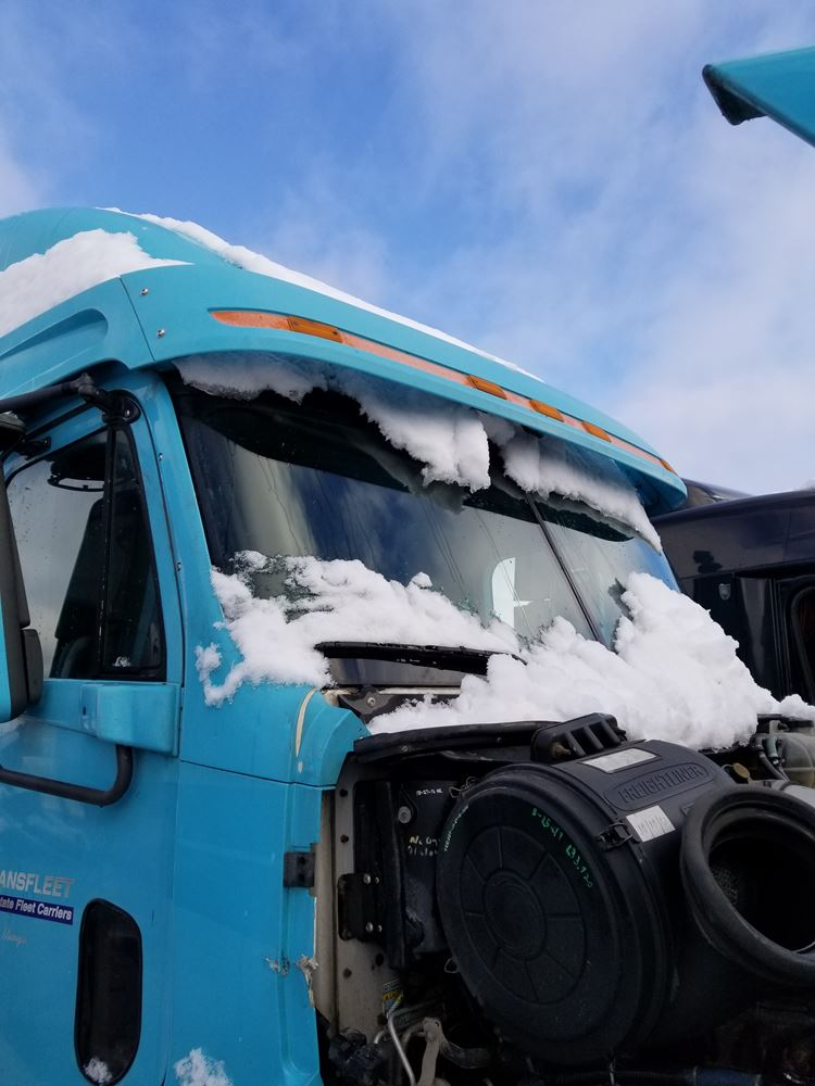 Sun Visors | Holst Truck Parts