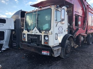 2004 Mack MR688S Cabs 2ENpjMZHJuDm_b mack cab parts tpi  at reclaimingppi.co