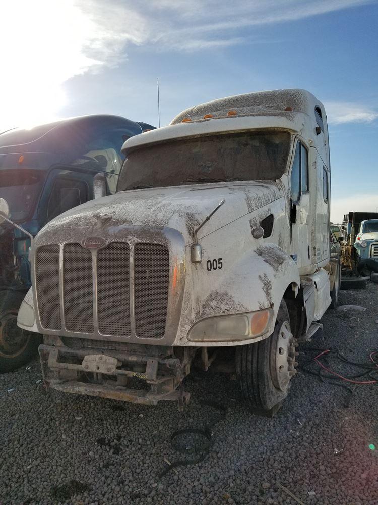 Hoods | Holst Truck Parts