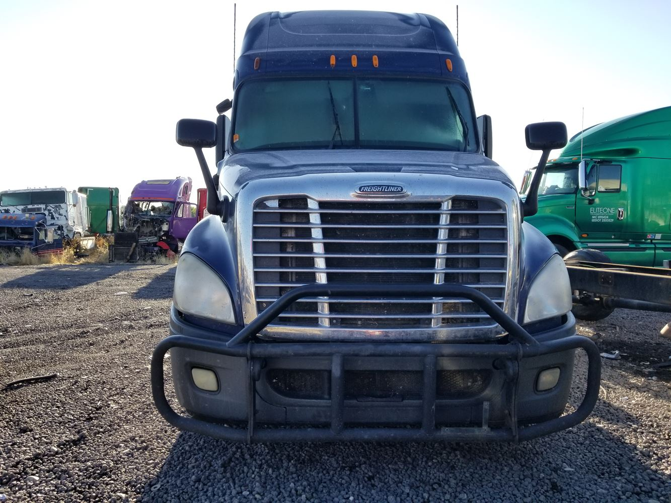 Freightliner Bumper Accessories : Freightliner cascadia stock  bumpers