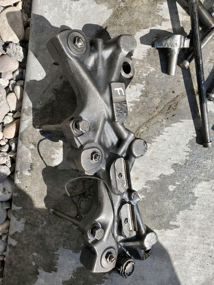 Engine Brakes | Holst Truck Parts