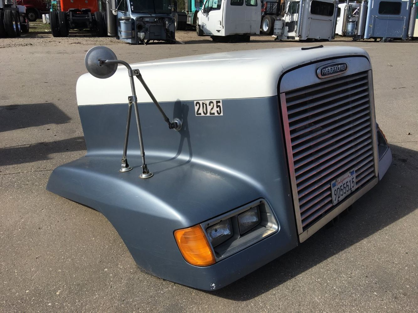 Fld 120 Hood : Freightliner fld stock p hoods tpi