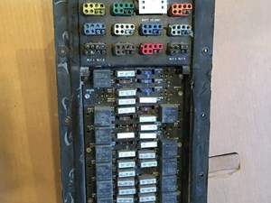 2006 Kenworth T600 Fuse Box 1998 kenworth t800 fuse panel ... on kenworth wiring schematics wiring diagrams, kenworth t600 schematic, kenworth t600 fuse box diagram, kenworth t600 parts, kenworth t600 specifications, kenworth t600 drawings, kenworth smart wheel wiring diagram, kenworth t600 blueprints, kenworth t600 chassis, kenworth t600 chrome, kenworth t600 day cab, kenworth radio wiring diagram, kenworth t600 fuse panel, kenworth t600 starter, kenworth t660, kenworth t600 suspension, kenworth t600 lights, kenworth t600 dump truck, kenworth t700 wiring diagrams, kenworth t800 wiring diagram,