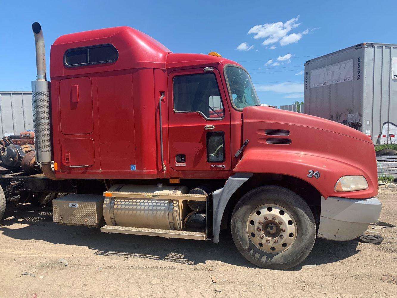 2005 Mack CXN613 (Stock #541) | Cabs | TPI