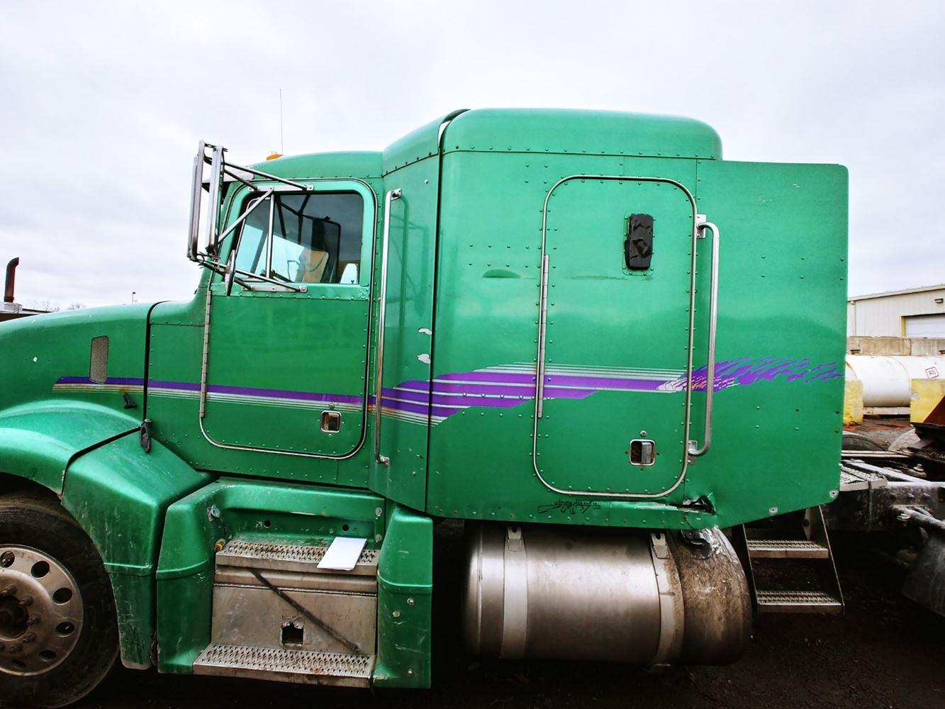 peterbilt 377 fuse box cab   cab parts river valley truck parts  cab   cab parts river valley truck parts