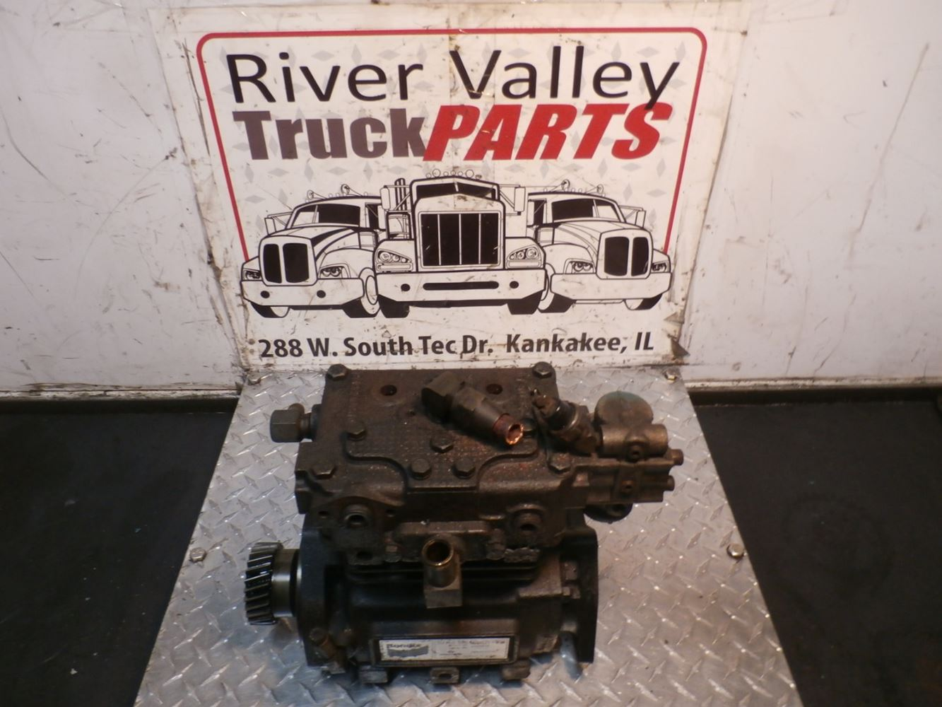 Engines & Engine Parts   River Valley Truck Parts