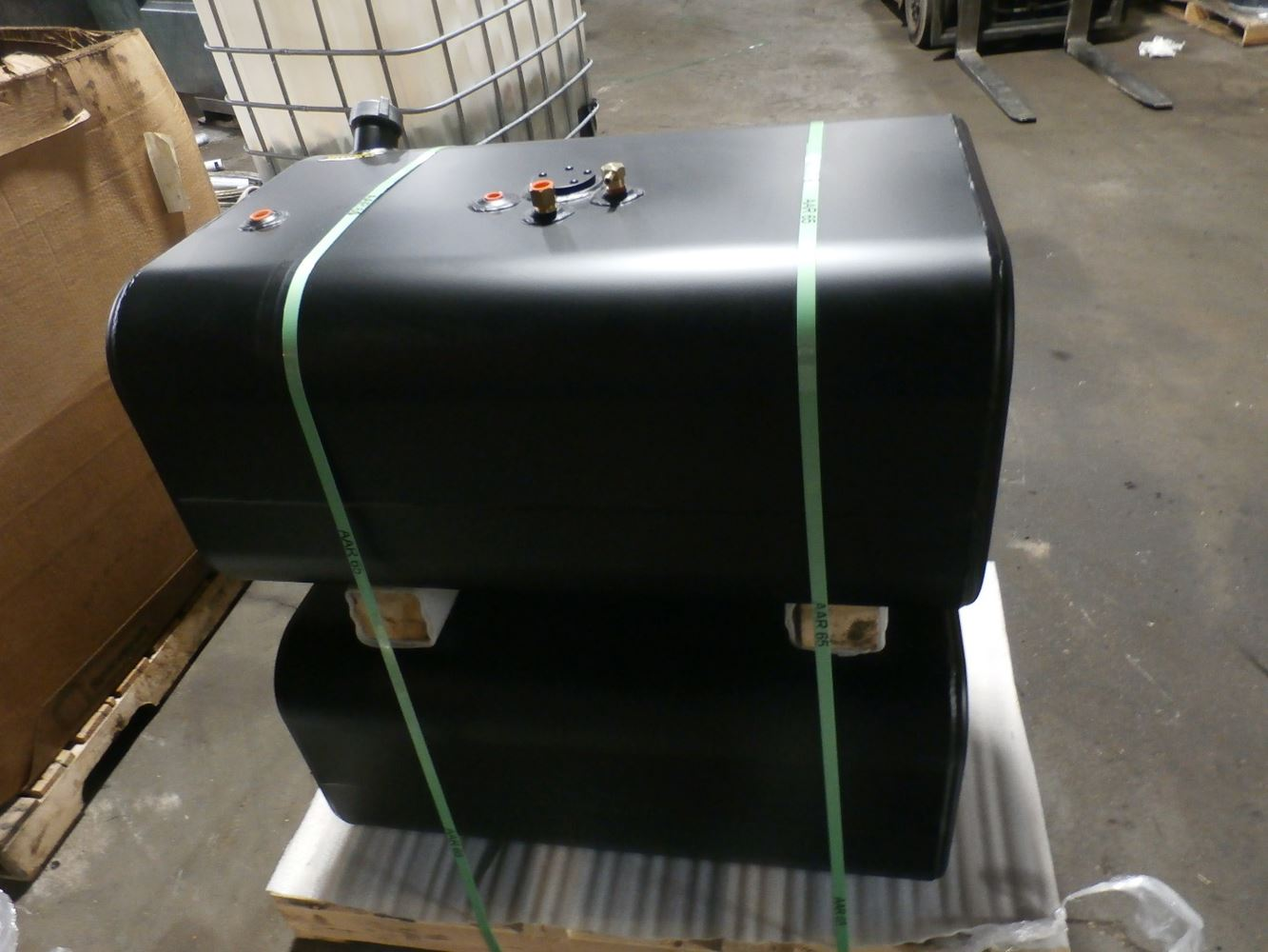 Media 4 for International 4300 Durastar Fuel Tanks