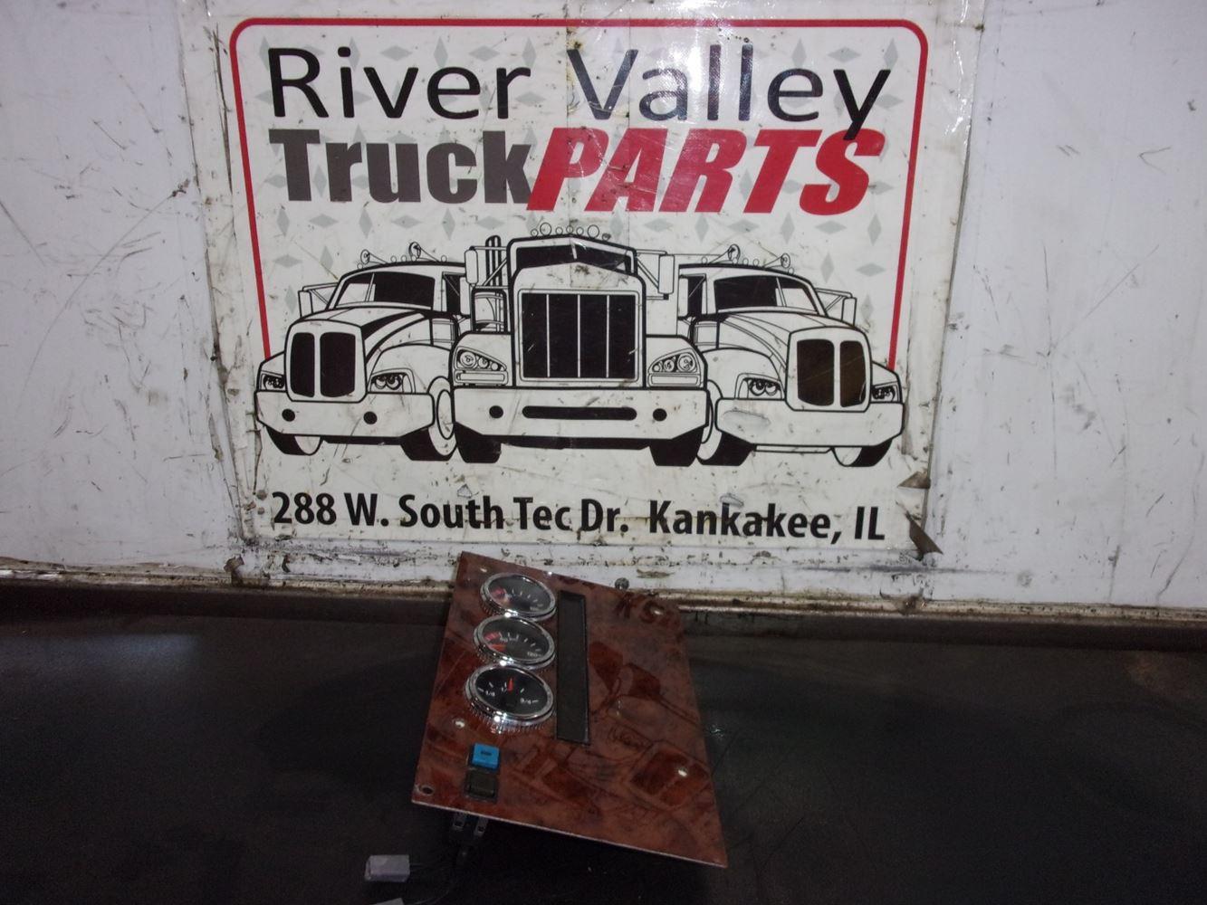 Cab & Cab Parts | River Valley Truck Parts