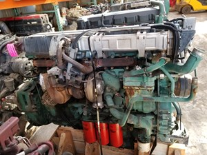 2005 Volvo D12 Engine Assys PvP3c290NgYG_b volvo d12 engine assy parts tpi  at suagrazia.org