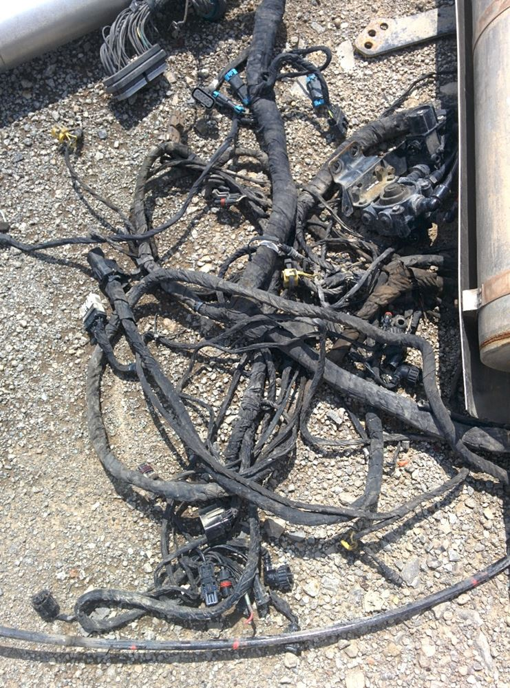 Cummins isx stock vv wiring harnesses tpi