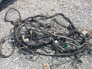 2008 Mack CXU613 Wiring Harnesses (Cab Dash) kOWLO8fRw82g_b mack wiring harnesses (cab and dah) parts tpi radio wiring harness for 2007 mack truck at bayanpartner.co