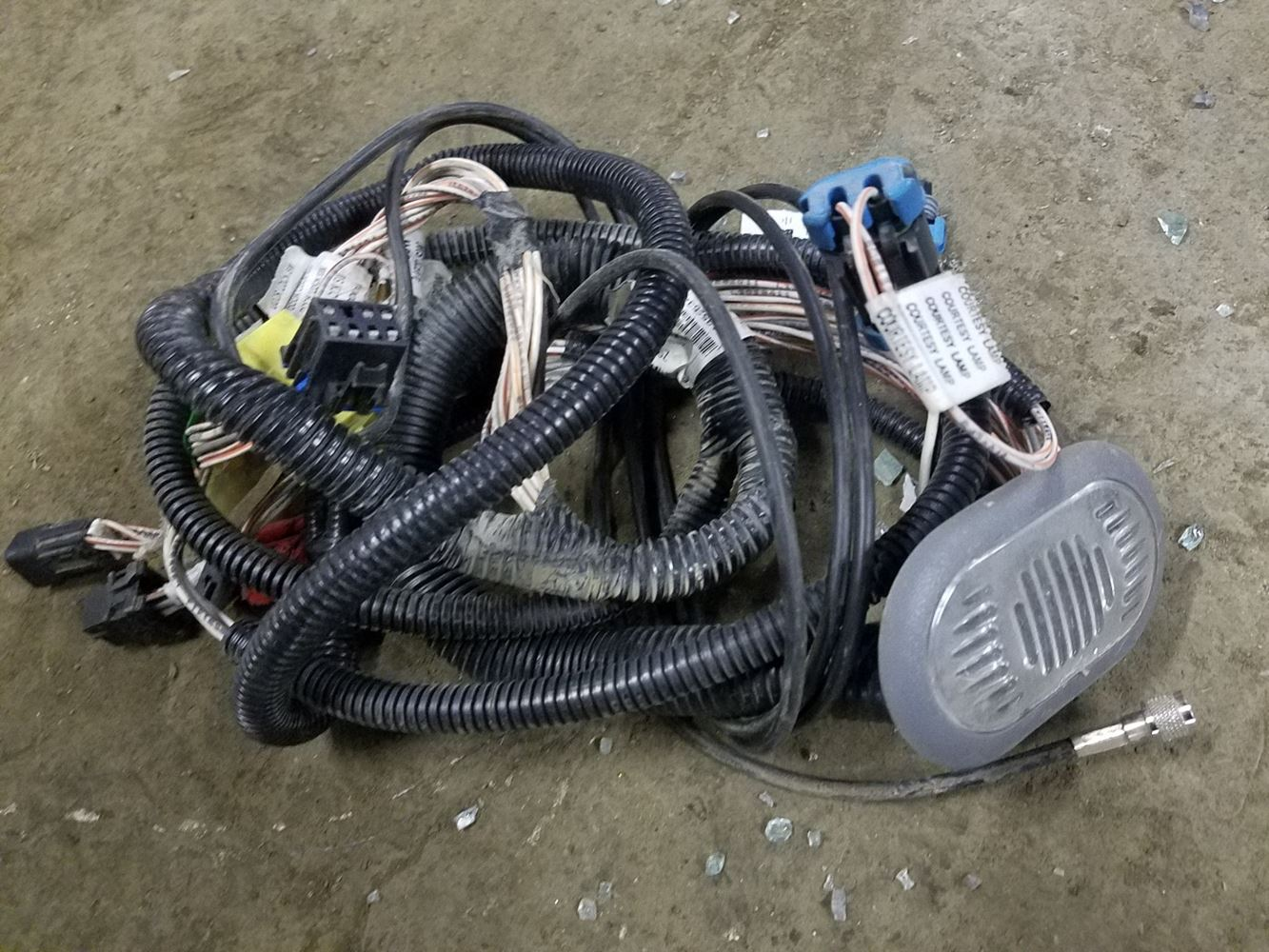 Mack Door Wire Harness Wiring Library Equipment 11 September 2018 Image Subject To Change