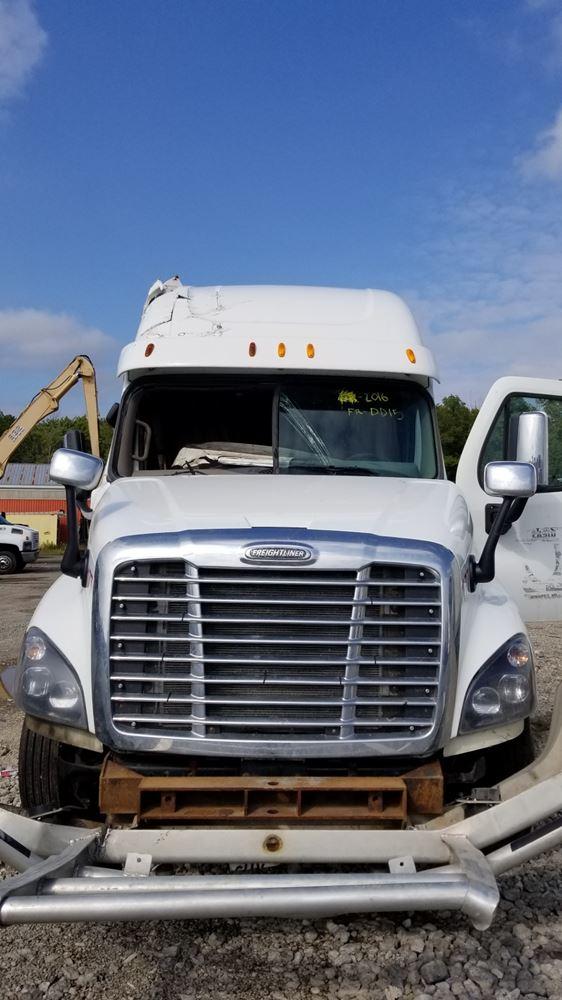 2016 Freightliner Cascadia 125  Stock  Fr